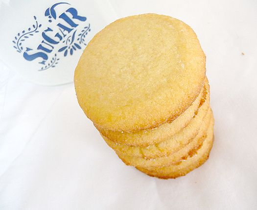 Sugar Cookies - soft and chewy sugar cookies!