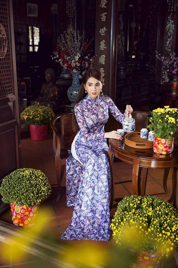 Áo dài trở thành trang phục thảm đỏ được yêu thích nhất của sao Việt dịp cận Tết - Ảnh 12.