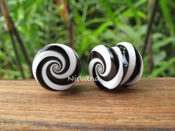 "Black & White Striped Candy Spiral Glass Plugs 6g 4g 2g 0g 00g 7/16"" 1/2"" 9/16"" 5/8"" 3/4"" 1"" 4mm 5 mm 6 mm 8 mm - 25 mm"