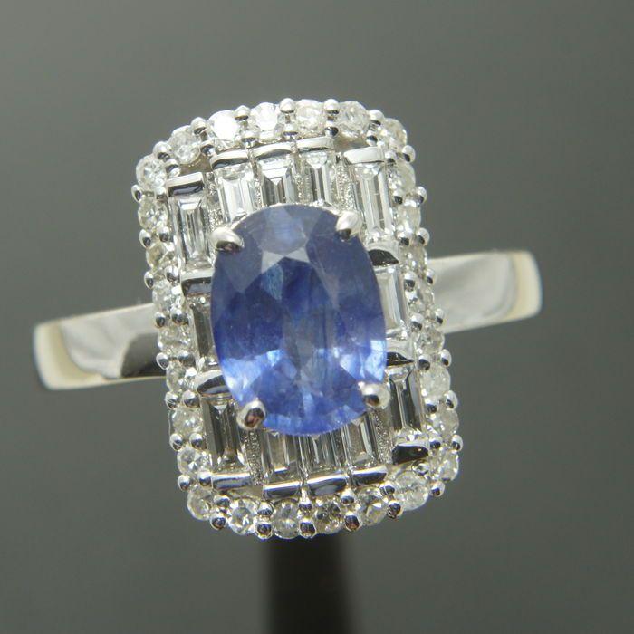 Catawiki Online-Auktionshaus: Goldring mit Diamant und violettem Saphir – 3,40 ct