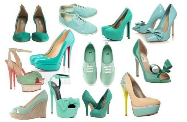 Бирюзовые туфли с цветами