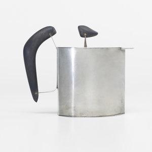 // Harry Bertoia, teapot c. 1942
