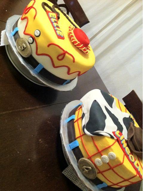 Toy story cakes: Jesse & Woody by SugarMama Cakes, via Flickr