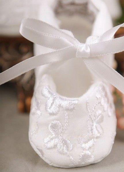 Original wedding dress quilt incorporating the bridesmaid dress would