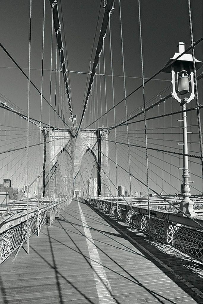 Kalendář 2015 - New York (Jakub Kasl)  http://www.pg.cz/cs/produkt/3056-new-york-jakub-kasl-kalendar-2015-48-x-64-cm