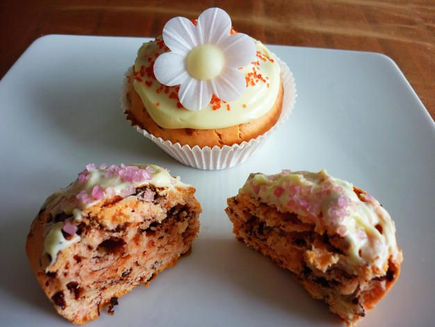 Pink Chocolate Cupcakes – perfect for Valentine's Day!