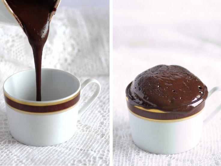 Un tortino al cioccolato pronto in 50 secondi al microonde