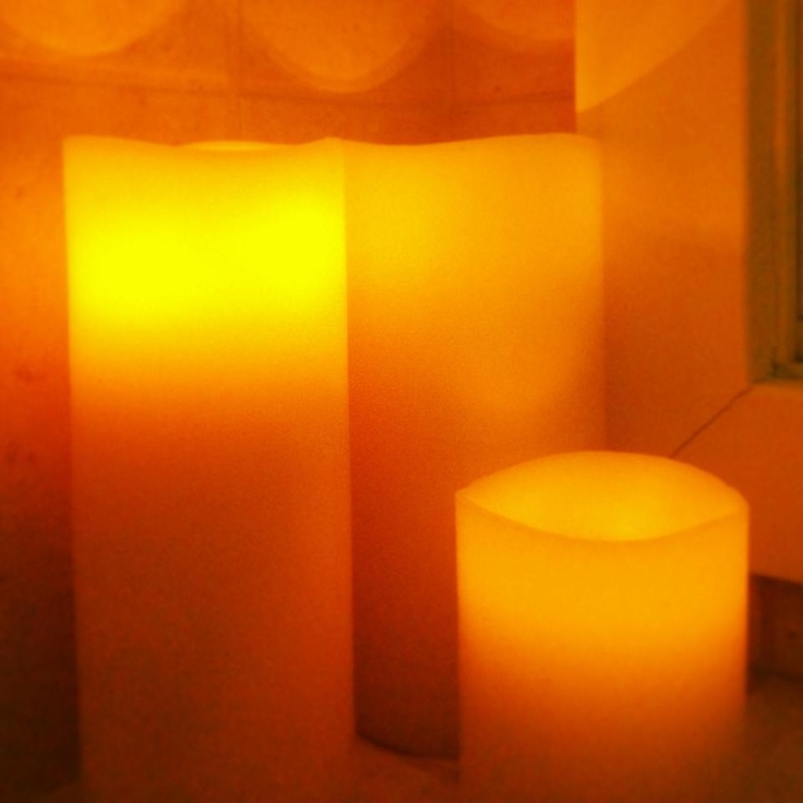 Tip # 5. Are your kids afraid of the dark? Good news: flameless candles can make a fantastic nightlight. Make sure all children are well versed in the difference between flameless candles, and their traditional, wick-burning counterparts. Fire safety is paramount where kids, and adults, are concerned!