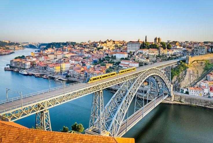 Porto and its famous bridge - Copyright Mapics