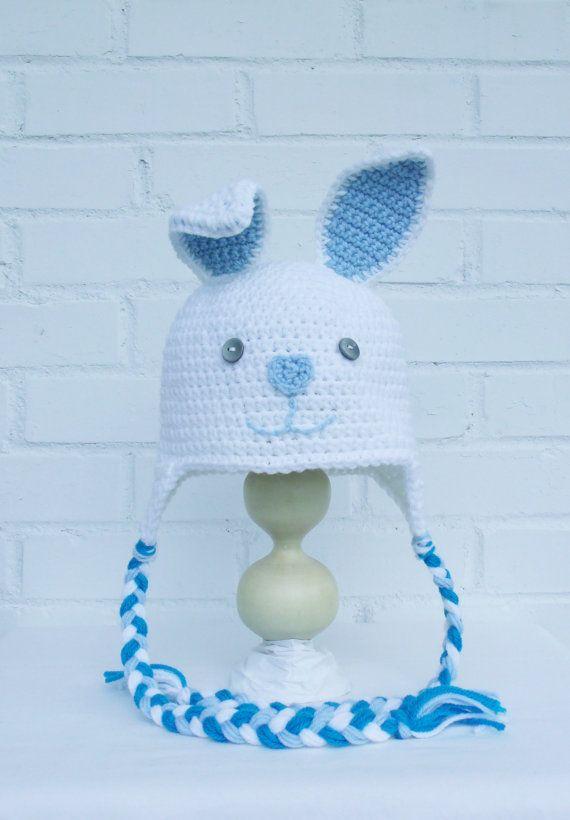 Retrouvez cet article dans ma boutique Etsy https://www.etsy.com/ca-fr/listing/246375460/tuque-en-tricot-bonnet-de-lapin-chapeau