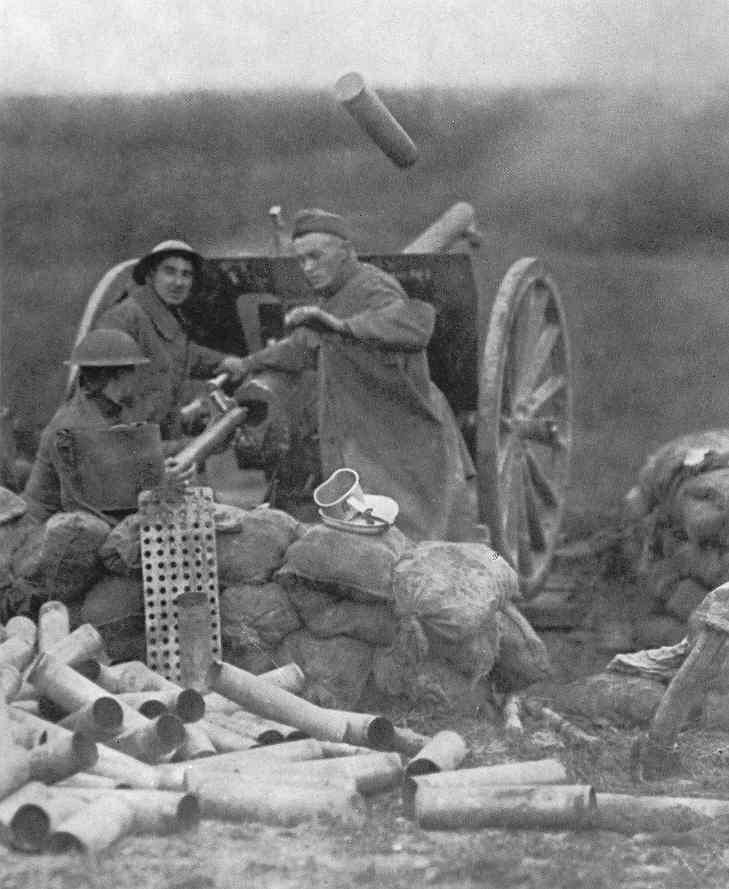 American 75 mm field gun crew in action, Western Front, 1918