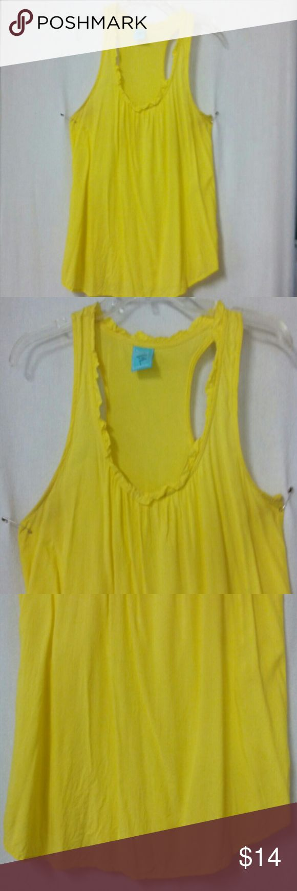 "HIP Happening In THE Present women large tank top Barely worn, racer back, yellow, ruffle trim, rayon, chest 40"", length 27"" Hip Tops Tank Tops"