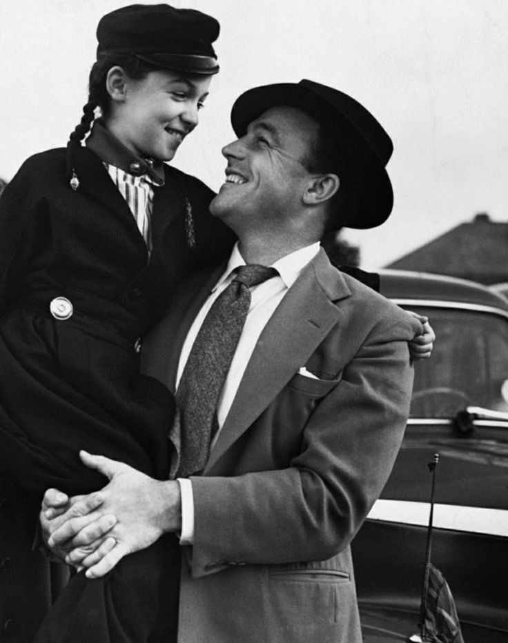 Gene Kelly and daughter. I wish she would have been in movies too. I'd have loved to watch her.