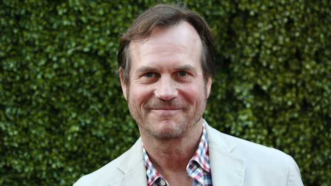 "Bill Paxton News of actor Bill Paxton's surprising death after heart surgery swept the entertainment industry on Oscar morning. The actor, who was 61, appeared in dozens of movies and TV shows, including ""Big Love,"" ""Aliens,"" ""Titanic"" and ""Twister."""