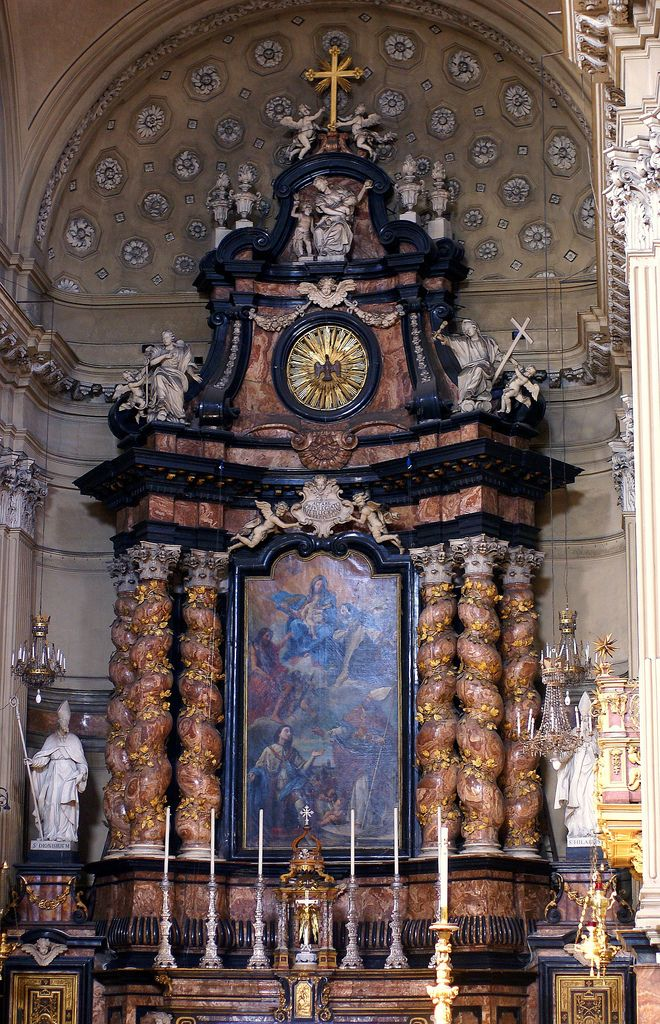 Altar  baroque -Church of San Filippo Neri  Turin -Italy
