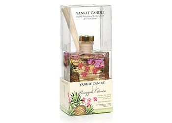 This attractive 1.2 ounce Yankee Candle reed diffuser continuously delivers the scent of a tropical treat