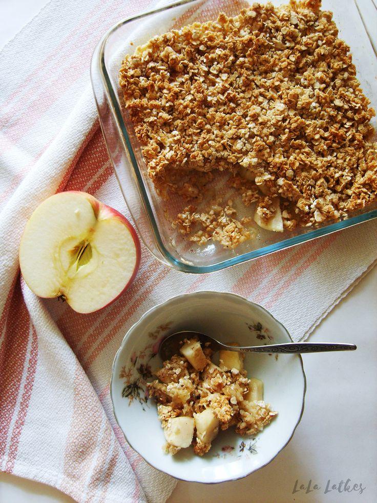 Яблочный крамбл с медом
