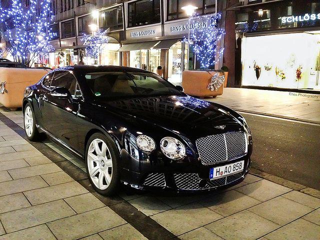 Bentley Continental GT MY BABYYYYYY SO SOON YOU SHALL BE MINE !!!! <3