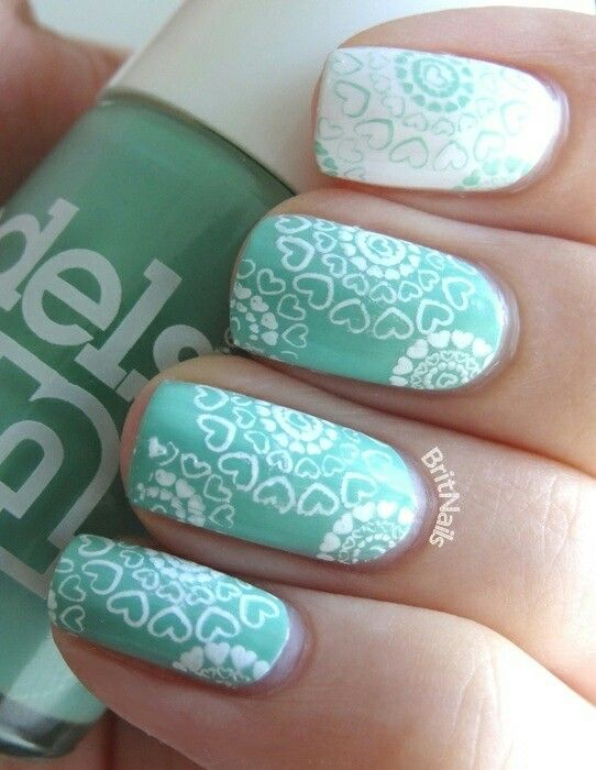Mint green and white heart nailart #nailart #nails #summer #green #mint #white #hearts