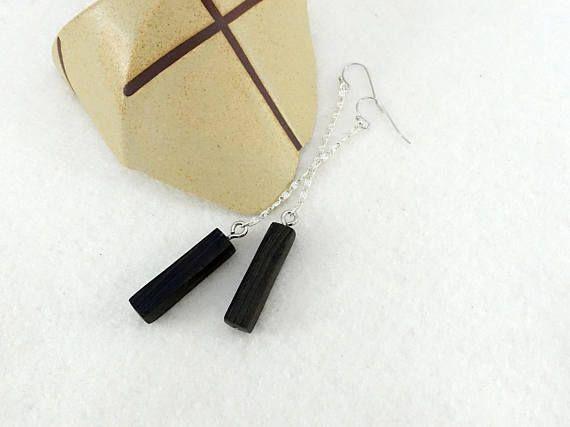 Boucles en bois petites barettes pendantes en ébène équitable