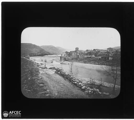 Puente de Montañana, ca.1905. Fotografía de autor desconocido. Arxiu fotogràfic-Col·leccions fotogràfiques (Centre Excursionista de Catalunya) #MemoriaPuentedeMontañana #PuentedeMontañana