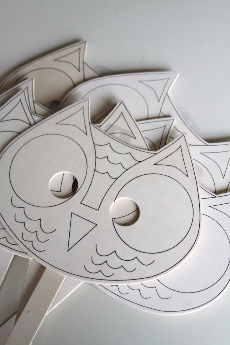 Owl party craft idea, instead of party hats and then each child can color their own.