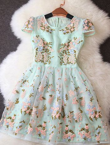 Floral dress. different strapes