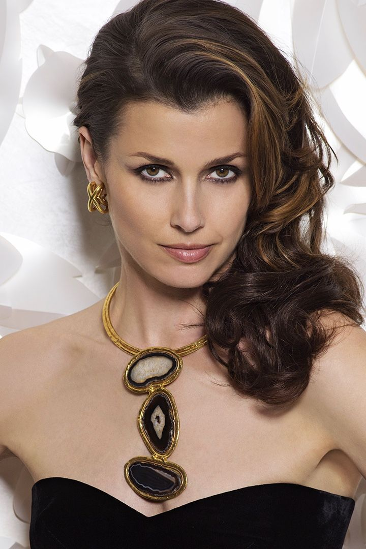 Bridget Moynahan strikes a fierce, strong and sexy pose in