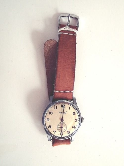 i love it!: Vintage Clocks, Fashion Watches, Vintage Watches, Brown Leather, Leather Watches, Fashion Accessories, Design Bags, Things, Style Clothing