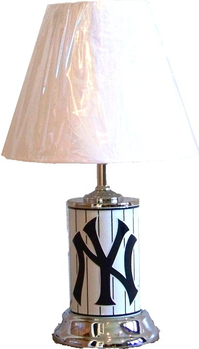 mlb new york yankees home decor tabledesk lamp 2900 - New York Yankees Bedroom Decor