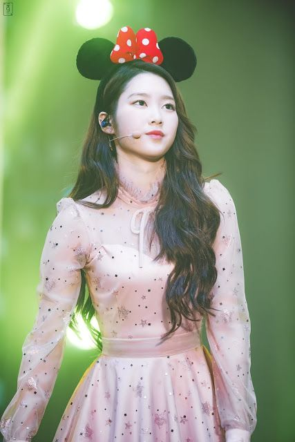 Fans Can't Get Enough Of The Beauty Of This Idol! | Daily K Pop News