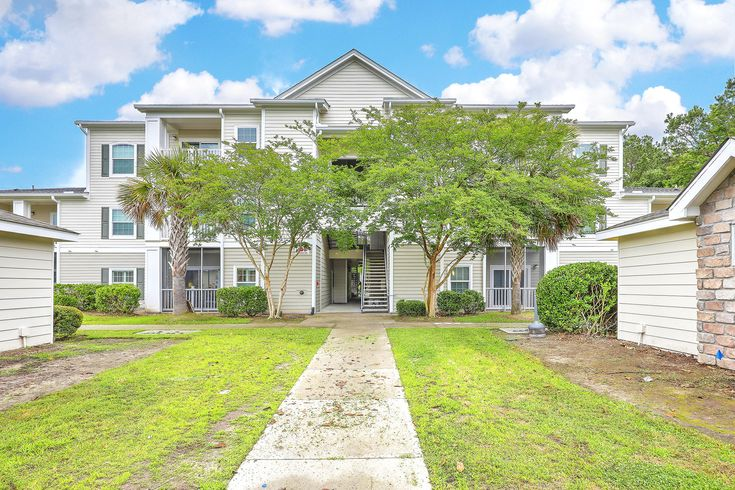 Rarely available first floor condo with private 1car