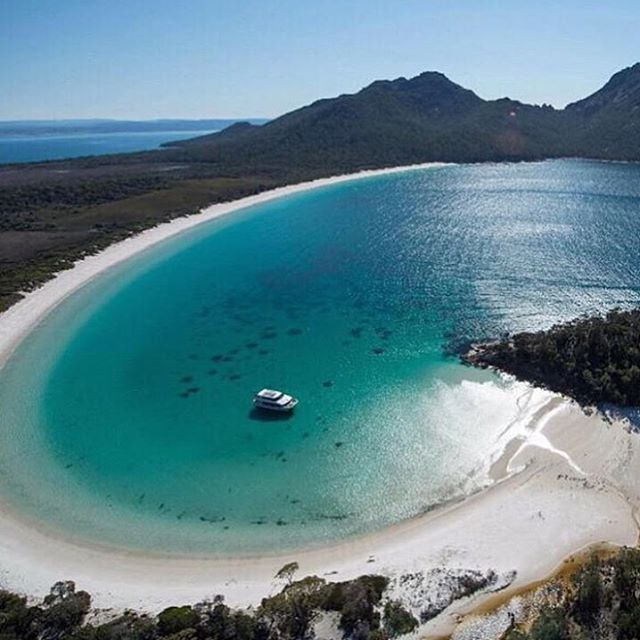 """Wineglass Bay, Tasmania ✨✨ #BucketListVacations"""