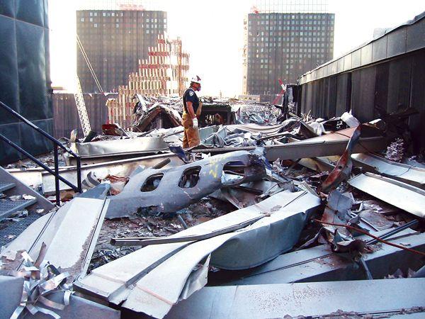 WtcUA175debris - United Airlines Flight 175 - Wikipedia