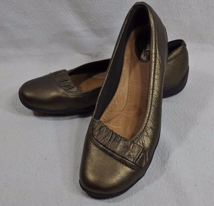Clarks Artisan Bronze Flats Shoes Sz. 9M Ballet Slip On Leather Upper Metallic  #Clarks #BalletFlats #Casual