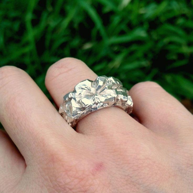 Solum ring in solid sterling silver handmade by Stephanie Rachael Jewellery ♡