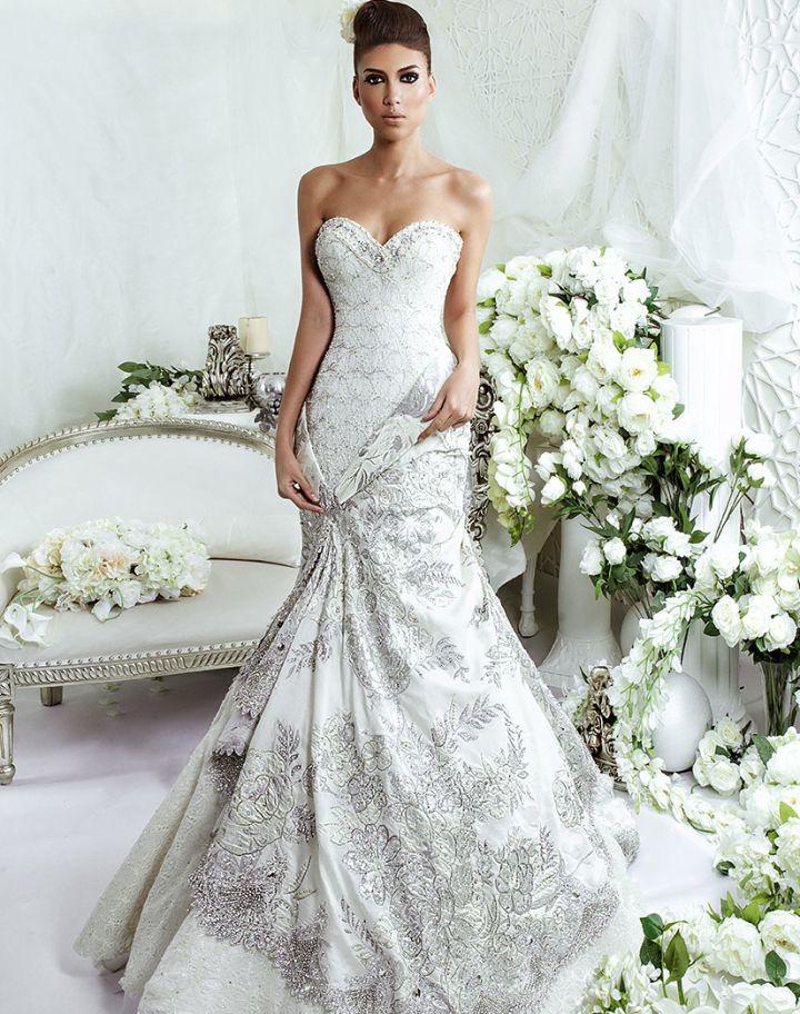 Dar Sara Wedding Dresses 2014 Collection with Glamorous Swarovski Crystals Part II: http://www.modwedding.com/2014/10/10/dar-sara-wedding-dresses-2014-collection-glamorous-swarovski-crystals-part-ii/ #wedding #weddings #wedding_dress