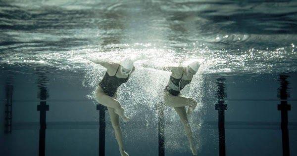 Εκπληκτικές υποβρύχιες φωτογραφίες από συγχρονισμένη κολύμβηση