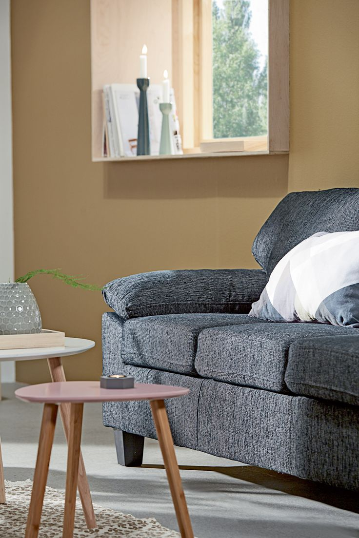 GEDSER sofa, TAPS hjørnebord rosa, detaljer  | Casual Contrast | Skandinaviske hjem, nordisk design, Skandinavisk design, nordiske hjem, interiørdesign, innredning, stue, multifunksjonelle rom | JYSK