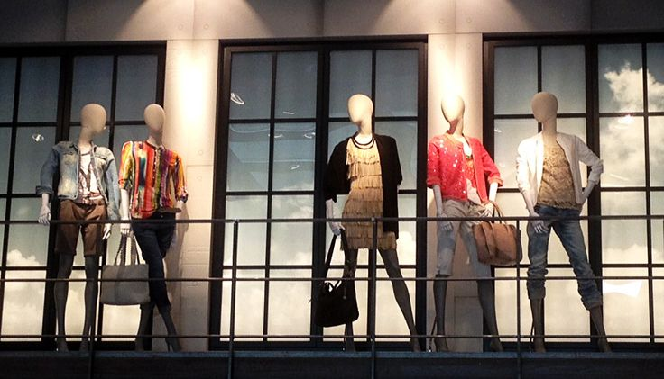 Genesis Mannequins at TC Buckenmaier  |  Address: TC Buckenmaier GmbH & Co KG / Residenzstraße 2-6 / 91522 Ansbach / Germany