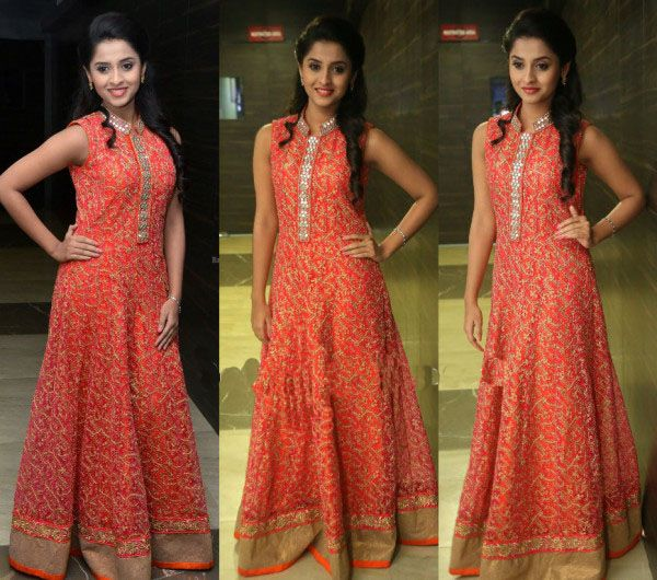 Arthana Bunu in Floor Length Anarkali Suit