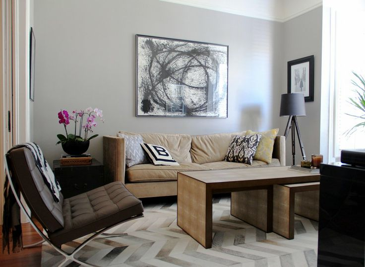 House tour jordan chris quigley 39 s designer flat for Living room june jordan