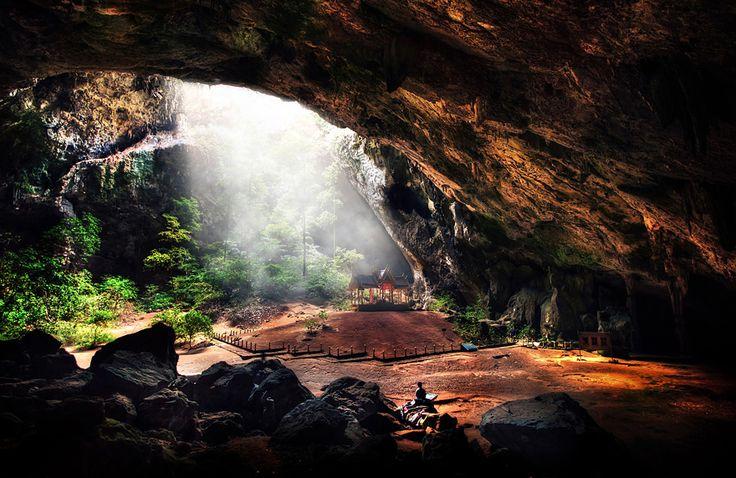 Com cores e formatos inacreditáveis, essas grutas ao redor do mundo vão te deixar de queixo caído