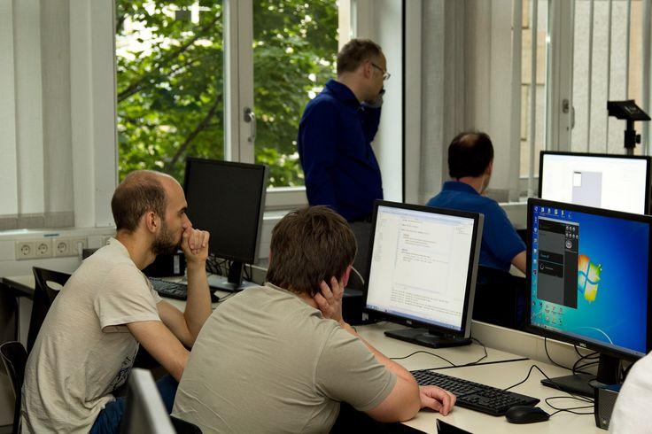 App-Programmierung mit Prof. Ulf Schemmert