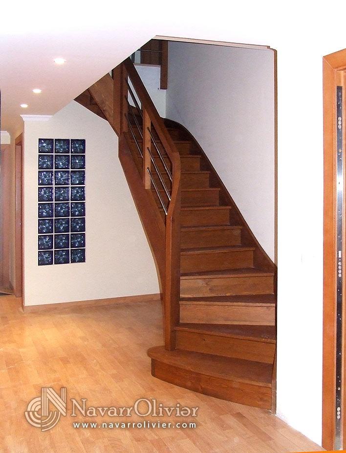 Distribuci n de pelda os de escalera de madera dise o y - Escaleras de peldanos ...