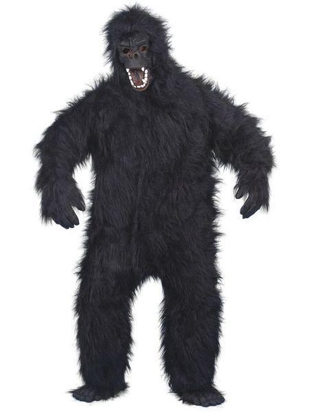 Naamiaisasu; Gorilla Deluxe. Tämä ärjy naamiaisasu ei jää keneltäkään huomaamatta. Viidakon ja monen muunkin paikan valtias ottaa tilan haltuun missä vain! Tämä onkin yksi kaikkein suosituimmista naamiaisasuistamme. Naamiaisasun kasvot, varpaat, sormet ja vatsa ovat taipuisaa kumia, joten joraaminenkin onnistuu notkeasti. Gorillan naamiaisasu on standardikokoinen. Naamiaisasu sisältää: - Haalarin käsineillä ja kengänpäällisillä - Päähineen  Vyötärönympärys 126cm Rinnanympärys 126cm Pituus…