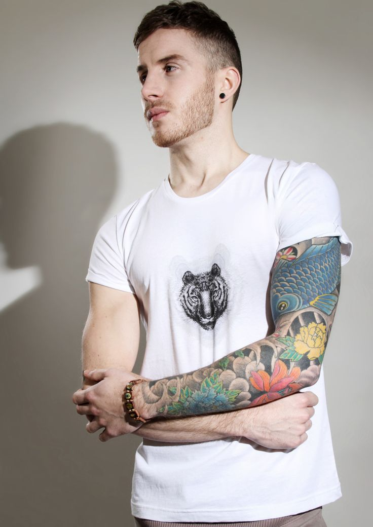 nasa guy with tattoos - 736×1040