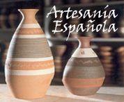 Algunas de las actividades más representativas de la ARTESANÍA ESPAÑOLA son:  * La CERÁMICA, el VIDRIO, la MADERA, el CUERO y la PIEL, los M...