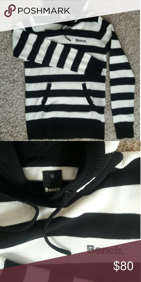 Bench Black and White Women's Hoodie size L Make an Offer Bench Tops Sweatshirts & Hoodies