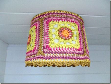 lampshade by cozy things  http://cozymadethings.blogspot.nl/2012/09/casbah-lampshade.html#